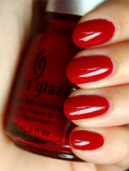 China Glaze Phat Santa Swatches & Review