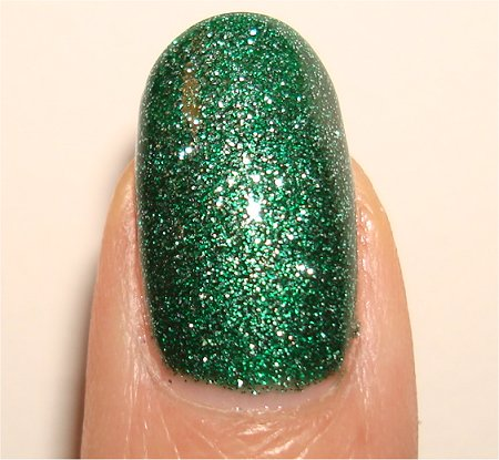 Flash Mistletoe Kisses China Glaze Holiday Collection 2010 Swatches & Review