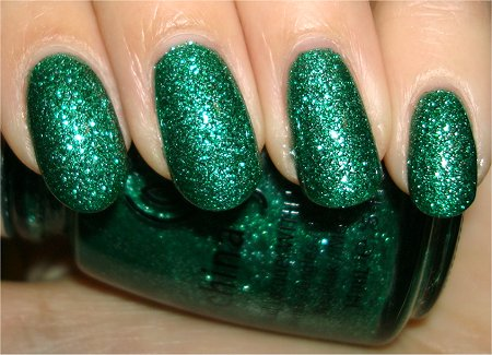 Flash Mistletoe Kisses by China Glaze Review & Swatch