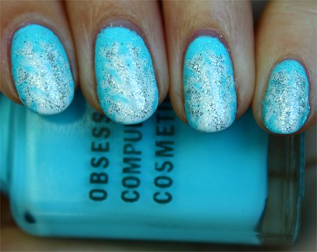 Natural Light Snowflake Nail-Art Tutorial & Swatches