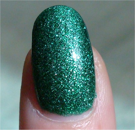Sunlight China Glaze Mistletoe Kisses Swatch & Review