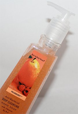 Bath & Body Works Pearberry Anti-Bacterial Deep Cleansing Hand Soap Review & Pictures