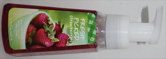 Bath & Body Works Fresh Picked Strawberries Foaming Soap Review & Pictures