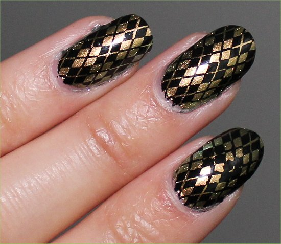 Chanel Peridot Nail-Art Konadicure Stamping