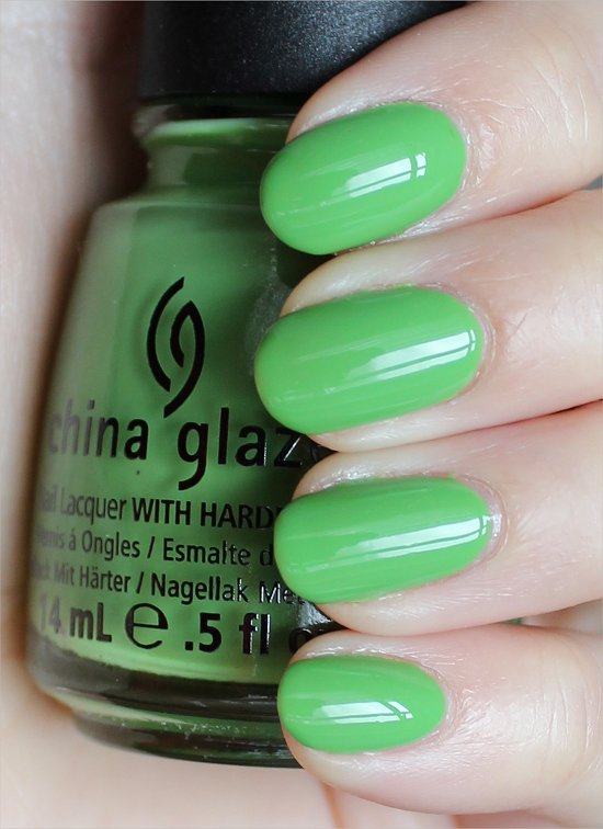 China Glaze Gaga For Green Swatches & Review