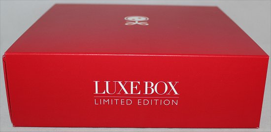 February Loose Button Luxe Box Review & Pictures