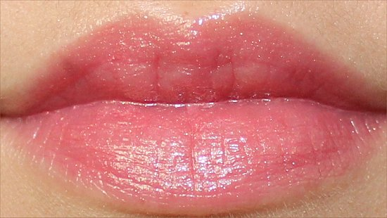 Peach Parfait Revlon Colorburst Lip Butter Review, Swatches & Pictures