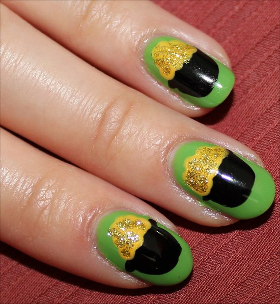 Pot of Gold St. Patrick's Day Nails Nail Art & Tutorial