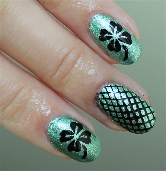 Simple St. Paddy's Day Nail Art Shamrock Nails