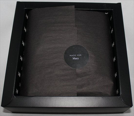 April 2012 Luxe Box Loose Button Review &amp; Pictures