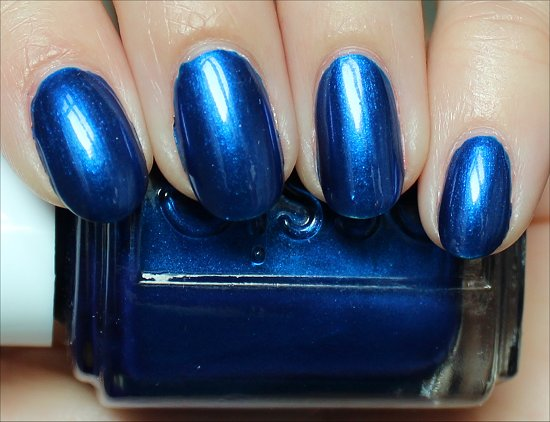 Aruba Blue by Essie Swatches, Review & Photographs