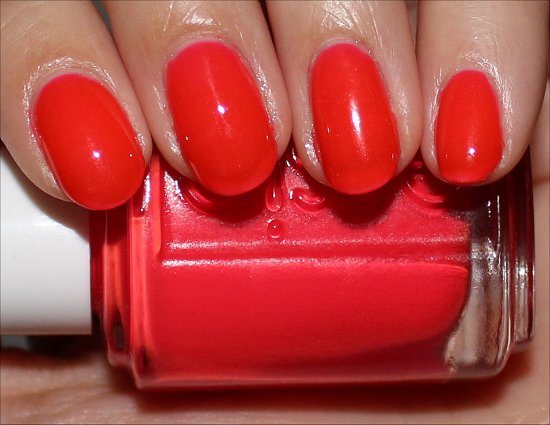 Camera by Essie Poppy-Razzi Collection Review & Pics