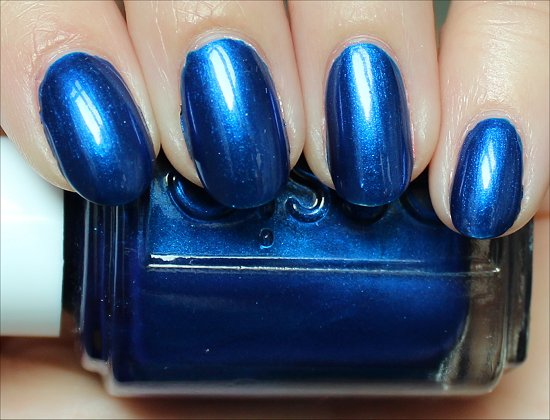 Essie Aruba Blue Pictures, Review & Swatch