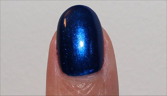 Essie Aruba Blue Review, Swatch & Photos