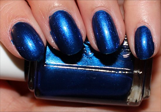 Essie Aruba Blue Review & Swatches