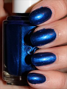 Essie Aruba Blue Swatches & Review