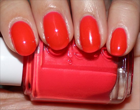Essie Camera Review, Pics & Swatch