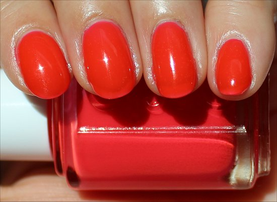 Essie Camera Review & Swatch