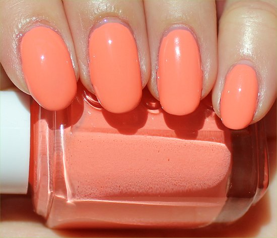 Essie Haute as Hello Review & Swatch