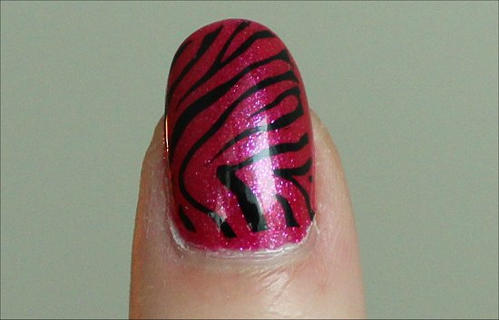 Simple Pink & Black Zebra Nail Art Pictures