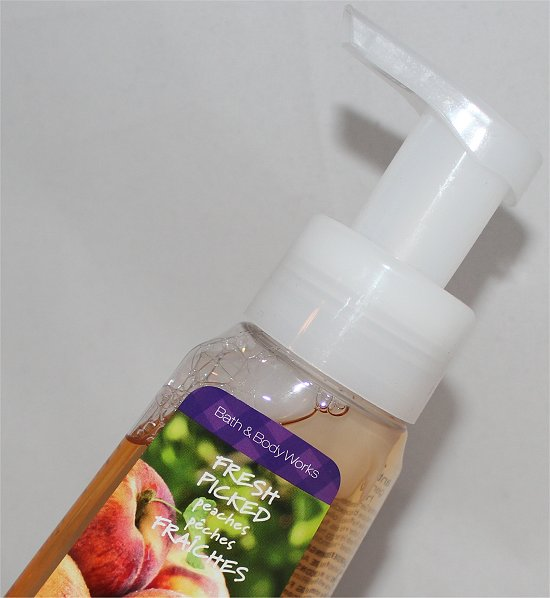 Bath & Body Works Fresh Picked Peaches Anti-Bacterial Gentle Foaming Hand Soap Review