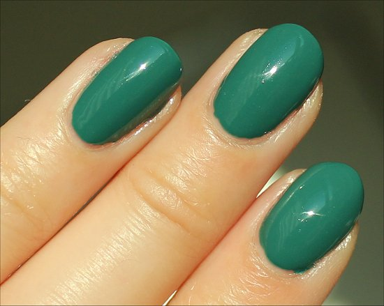 China-Glaze-Exotic-Encounters-Swatch-Review
