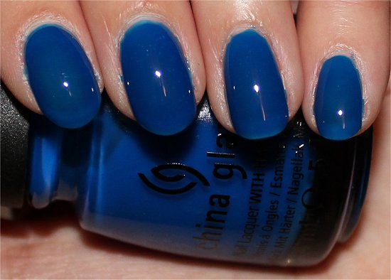 China-Glaze-Ride-the-Waves-Review-Swatches