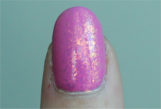 Essie-Luxeffects-Shine-of-the-Times-Swatch-Review-Photos