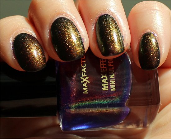Fantasy Fire Max Factor Nail Polish