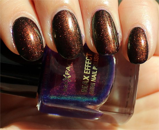 Max Factor Fantasy Fire Max Effect Mini Nail Polish