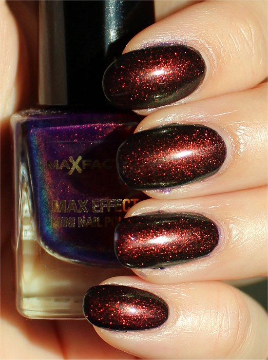 Max Factor Fantasy Fire Swatches and Review