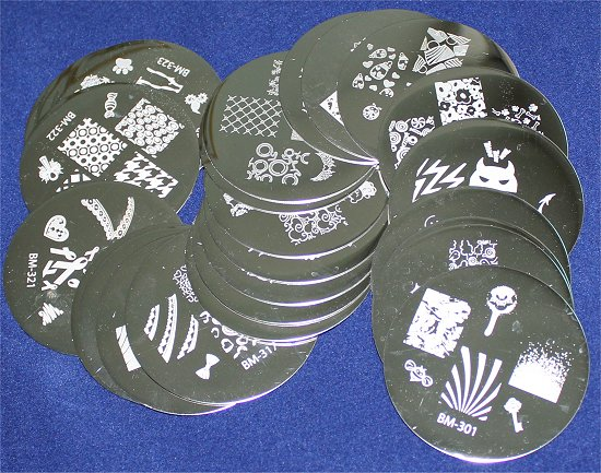 New 2012 Bundle Monster 25 Piece Image Plate Set Review & Pictures