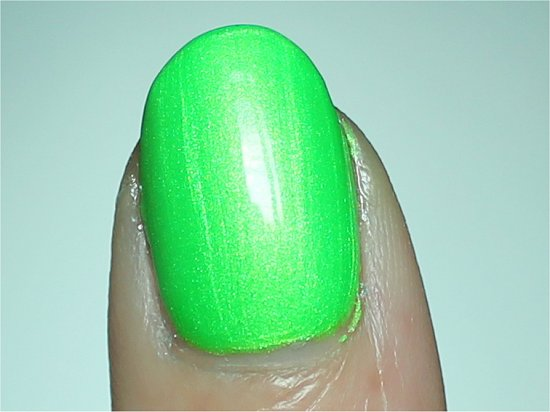 China Glaze I'm with the Lifeguard Review &amp; Swatches