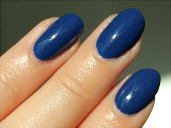 China-Glaze-Man-Hunt-Swatches-Review-Pictures