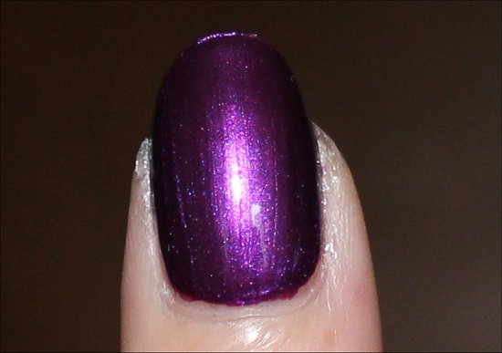 OPI Suzi & the 7 Dusseldorfs Review & Swatch