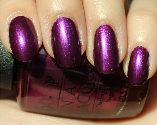 OPI-Suzi-the-7-Dusseldorfs-Swatch-Review-Picture