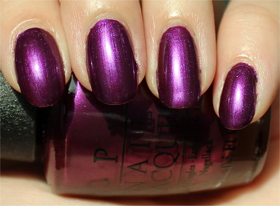 OPI Suzi & the 7 Dusseldorfs Swatch & Review