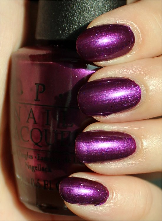 OPI Suzi & the 7 Dusseldorfs Swatches & Review