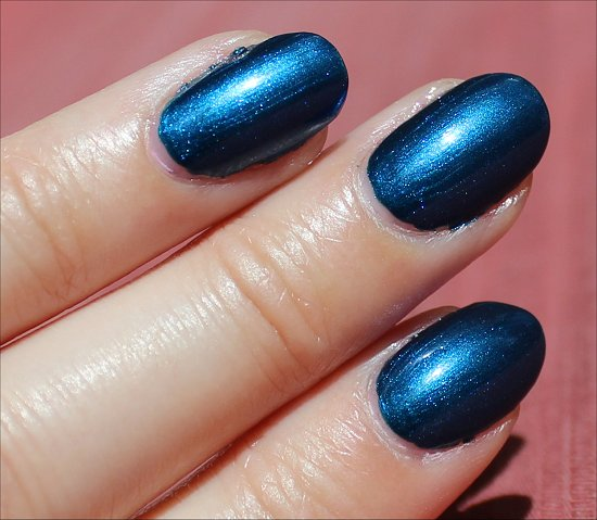 OPI Unfor-Greta-bly Blue Swatch, Review & Pics
