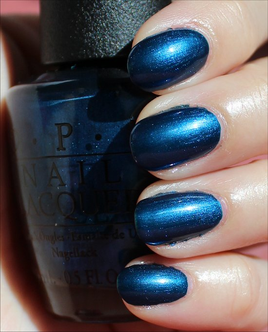 OPI Unfor-Greta-bly Blue Swatches & Review