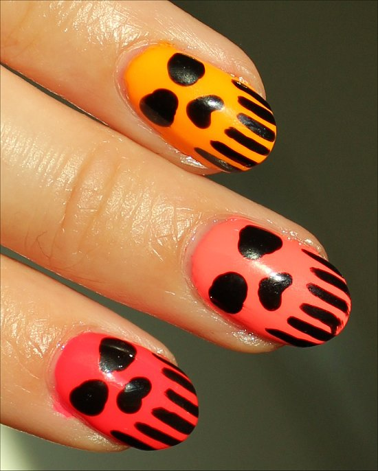Skull-Nails-Nail-Art-Neon-Manicure
