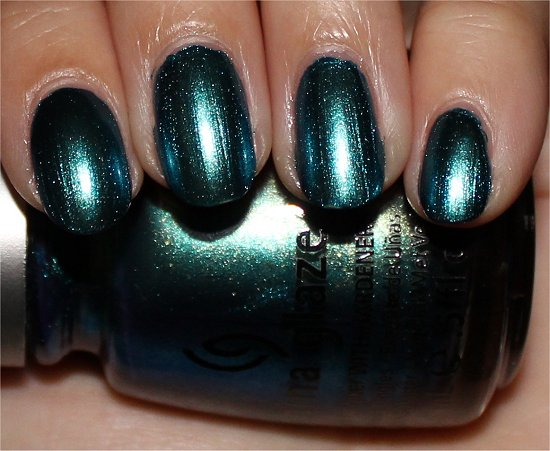 China Glaze Deviantly Daring Swatch &amp; Review