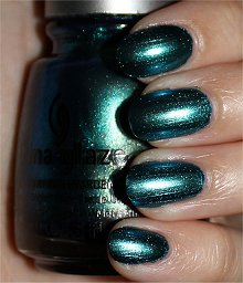 China-Glaze-Devitantly-Daring-Swatches-Review