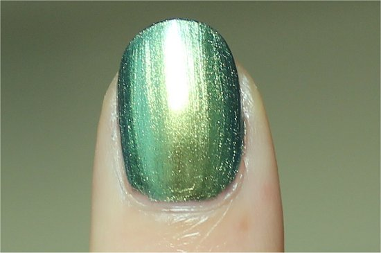 China-Glaze-Unpredictable-Review-Swatch-Photos