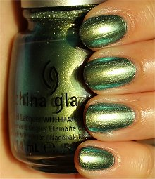 China-Glaze-Unpredictable-Swatches-Review
