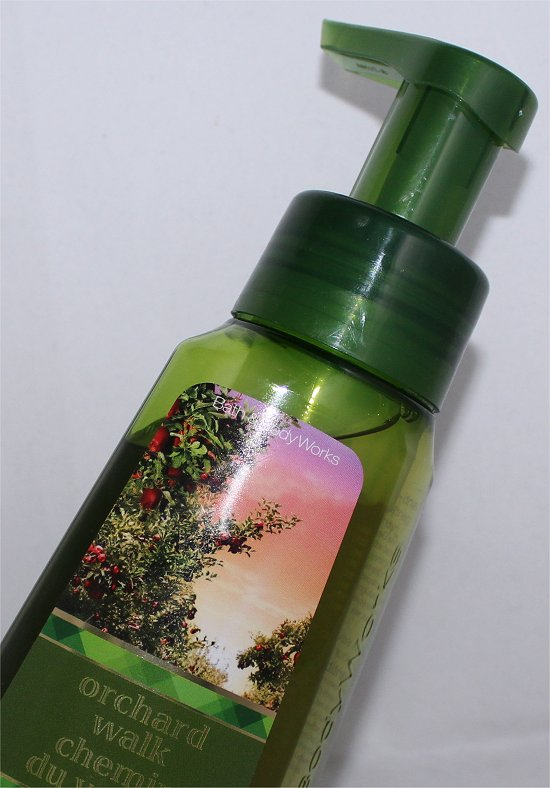 Bath-Body-Works-Orchard-Walk-Hand-Soap-Review-Pictures