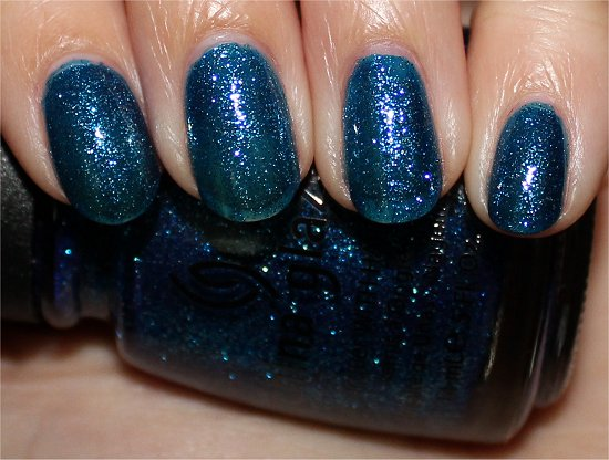 China Glaze Dorothy Who Review & Swatch