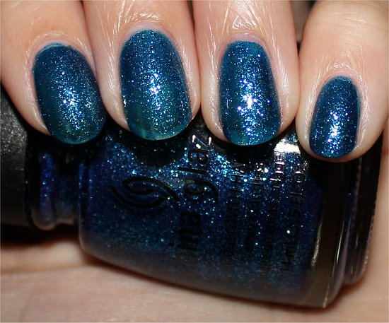 China Glaze Dorothy Who Swatch & Review