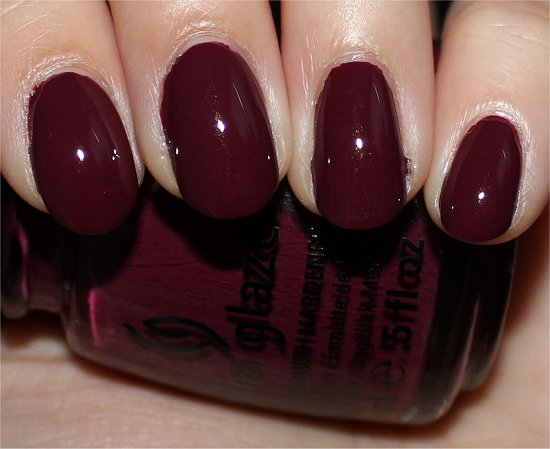 China-Glaze-Perfect-Plum-On-Safari