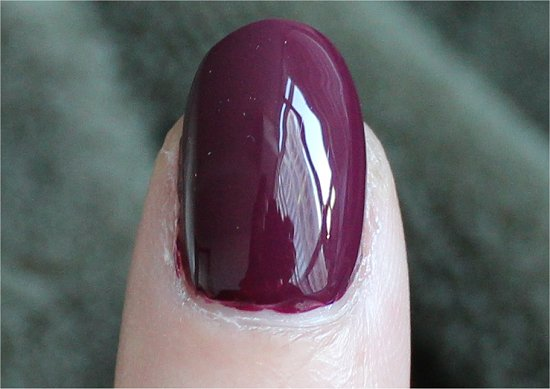 China-Glaze-Purr-fect-Plum-Swatch